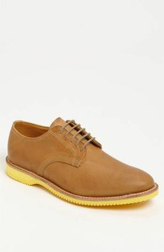 Classic preppy men's shoe/ I ♡ these shoes