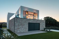 Brick, Mansions, House Styles, Home Decor, Style At Home, Houses, House Siding, Get A Life, Architecture