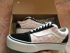 78e90596592881 Black white and pink checkered old sckool platform vans Pink Vans Shoes