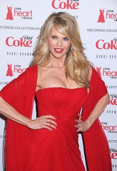 Christie Brinkley Photos - Christie Brinkley at the Heart Truth's Red Dress Fashion Show held at the Hammerstein Ballroom in New York City. - Celebs at the Heart Truth's Red Dress Fashion Show Beautiful Old Woman, Gorgeous Women, Christie Brinkley, Look Thinner, Victoria's Secret, Hair Looks, Mannequin, Dress Collection, Beauty