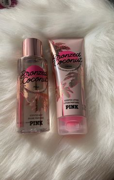Bronzed coconut lotion and brume parfumee pink - Bronzed coconut lotion and brume parfumee pink Best Picture For Skincare remaja For Your Taste Yo - Coconut Lotion, Bath And Body Works Perfume, Perfume Body Spray, Victorias Secret Cremas, Parfum Victoria's Secret, Victoria Secret Body Spray, Parfum Rose, Victoria Secret Fragrances, Homemade Beauty Products