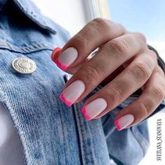Semi-permanent varnish, false nails, patches: which manicure to choose? - My Nails Bright Summer Acrylic Nails, Best Acrylic Nails, Acrylic Nail Designs, Bright Nails, French Manicure Designs, Nails Design, Aycrlic Nails, Nail Manicure, Pink Tip Nails
