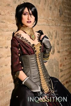Nebulaluben: Dragon Age Inquisition - Morrigan: Corset, blusa y guantes / Corset, blouse and gloves.