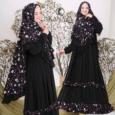 Asyiah Syari by Kanaya Insta Like, Like4like, Goth, Womens Fashion, Instagram Posts, Dresses, Model, Swag, Colorful