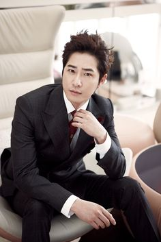"Kang Ji Hwan Stops Filming for Movie ""Monster"" After His Car Accident 
