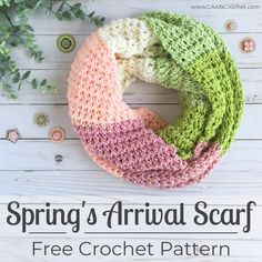 A free crochet pattern of the Spring's Arrival Scarf. Do you want to crochet this scarf? Read more about the Free Crochet Pattern Spring's Arrival Scarf Crochet Crafts, Easy Crochet, Free Crochet, Crochet Projects, Crochet Geek, Beginner Crochet, Yarn Crafts, Diy Crafts, Crochet Infinity Scarf Free Pattern