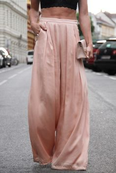 How to style Wide Leg Pants Hi Gorgeous, Trends, Palazzo Pants, Wide Leg Pants, Different Styles, Parachute Pants, Couture, Legs, Nice