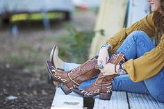 BROWN BACK 40 BOOTS - Junk GYpSy co.