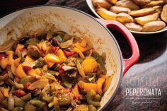 Vegan Tomatillo Peperonata // Ginger and Mint Vegan Food, Vegan Recipes, Pasta Salad, Travelling, Diy Ideas, Mint, Cooking, Healthy, Ethnic Recipes