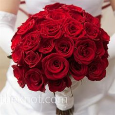 A Romantic Red Rose Wedding -Red Bouquet #DBBridalStyle