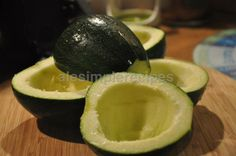 Have A Lovely Weekend, Simple Recipes, Ale, Avocado, Easy Meals, Facebook, Fruit, Food, Zucchini