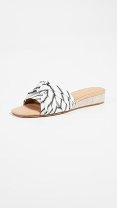 cd688309da73f8 823 Best SHOES images in 2019