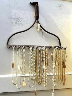 31 Creative, Crafty Ways to Store Your Jewelry - Snappy Pixels
