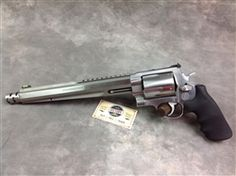 """#Unfired #Smith & Wesson Performance Center 460XVR #Hunter revolver with 10.5"""" compensated barrel. This five shot revolver is one of the most versatile revolvers on the planet! According to the article by Guns & Ammo magazine in January 2014, it will shoot .460 Mag, .454 Casull, and .45LC. http://www.gunsandammo.com/2014/01/22/new-smith-wesson-460xvr-model-929-performance-center-revolvers/  @victoryggw"""