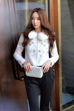 Morpheus Boutique  - White Crystal Zipper Long Sleeve Lady Coat Jacket, CA$198.30 (http://www.morpheusboutique.com/new-arrivals/copy-of-gold-knit-twisted-lady-coat-jacket/)