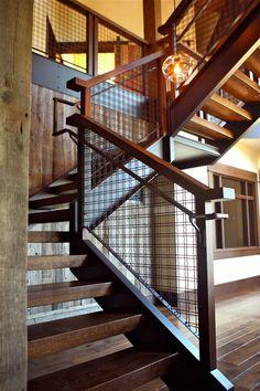 Rebar railing, railings and railing крыльцо крыльцо Rebar Railing, Loft Railing, Modern Railing, Wrought Iron Stair Railing, Metal Stairs, Metal Railings, Staircase Railings, Modern Stairs, Railing Design