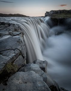This was a shot last year of the island waterfall Dettifoss. It was impressiv and wonderful. Iceland Places To Visit, Places To Go, Beautiful Places To Visit, Beautiful World, Plan My Trip, Laundry Hacks, Seen, Landscape Photos, Nature Photos