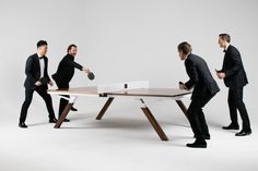 Deze Mooiste Design Ping Pong Tafel Ooit is Multi-inzetbaar - Pure Luxe Hyundai Creta, Tennis Photos, Cool Tech Gadgets, Portable Table, Walnut Dining Table, Mountain Living, Black Friday Shopping, Ping Pong Table, Pool Table