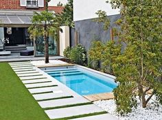small swimming pool, small backyard patio ideas, ceramic tiles on the grass patch, planted palm trees and bushes garden pool ▷ 1001 + small garden ideas to turn your yard into the best relaxation spot Small Swimming Pools, Small Pools, Swimming Pools Backyard, Swimming Pool Designs, Small Inground Pool, Lap Pools, Indoor Pools, Small Backyards, Backyard Patio Designs
