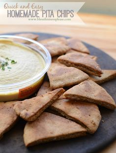 Homemade pita chip recipe | who knew it was so easy?! My kids gobbles these up