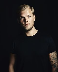 Wrote a bit about #Avicii's life & legacy. Thank you to Tim's family for this incredible unreleased photo to accompany it :…