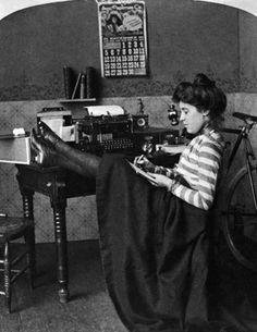 """""""The careless typist,"""" a photograph taken in 1901.      Credit: Bettmann/CORBIS"""
