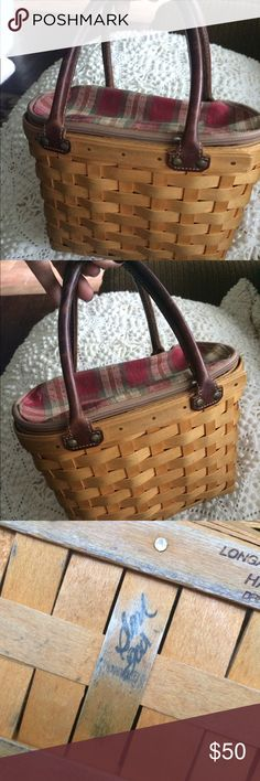 Longaberber Good Ol' Summertime Boardwalk Basket 2001 Longaberger Good Ol' Summertime Small Boardwalk Basket. Plaid Zip around Lined and plastic insert. Also includes authenticity card. This basket has been used for years as a small handbag whenever I visted the Vineyard. There is wear as seen on pics but overall good condition:) Accessories