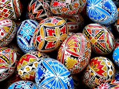 Buy this photo on Getty Images : Getty Images The painting of easter eggs has strong tradition especially in the Bucovina, in the north of Romania, where it is a real art. These are not wooden eggs, but real (empty) ones. Ukrainian Easter Eggs, Ukrainian Art, Slovak Recipes, Easter Egg Designs, Easter Traditions, Egg Art, Easter Holidays, Egg Decorating, British Museum
