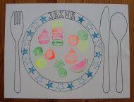 Návod na prostírání pro děti Montessori, Decorative Plates, Home Decor, Decoration Home, Room Decor, Home Interior Design, Home Decoration, Interior Design