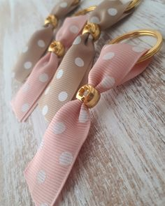 Little Boy And Girl, Boy Or Girl, Decor Crafts, Diy And Crafts, Swag Ideas, Handmade Keychains, Party Co, Spring Party, Dresses Kids Girl