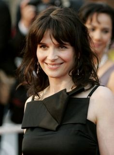 Picture of Juliette Binoche Juliette Binoche, Female Actresses, Actors & Actresses, Hollywood, French Actress, Star Fashion, Beauty And The Beast, Pretty Woman, Movie Stars