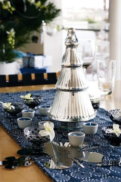 Christmas table decorating ideas image 7
