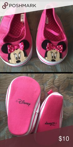 Minnie Mouse soft shoes Cute baby shoes. Shoes Baby & Walker