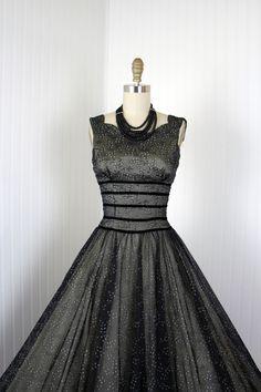 1950s Dress - Vintage 50s Dress - Black Nude Flocked Chiffon Full Skirt Cocktail Party Dress S - Arresting Smile.