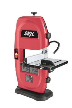 The SKIL 3386-02 120-volt 9-inch band saw features a 2.5-Amp motor, a ribbed aluminum table with tilting adjustment ranging from 0 to 45, and a blade guide adjustment for custom depth settings. This v