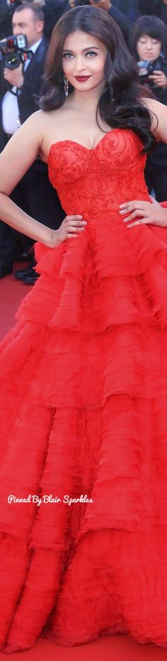 Aishwarya Rai in red dress attends the screening during the annual Cannes Film Festival at Palais des Festivals on May 2017 in Cannes, France Beautiful Bollywood Actress, Beautiful Indian Actress, Beautiful Actresses, Actress Aishwarya Rai, Aishwarya Rai Bachchan, Mangalore, Miss World, Korean Beauty Tips, World Most Beautiful Woman
