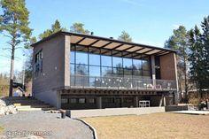 For Sale - Detached, Parkkinen Fabric, Oulu, 3-4 bedrooms, kitchen, living room, utility room, s, basement - Riekkotie 6, FIN-90650 Oulu - Oulu Centre Apartments | Shortcut