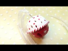 Very easy way to make a Christmas Sligh Bell with polymer clay! Materials used in this project: - Polymer clay (Fimo Soft) - 1 small metalic bell - 2 round c...