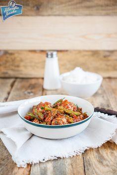 Klopsiki w sosie pomidorowym z fasolką szparagową