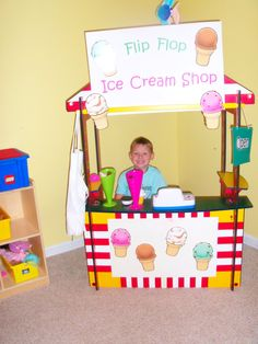 The Flip Flop Ice Cream Shop is one of the kids favorite dramatic play! I used a puppet theater for our Ice Cream Shop. Dramatic Play Themes, Dramatic Play Area, Dramatic Play Centers, Preschool Classroom, Classroom Themes, Preschool Age, Play Centre, Creative Play, Jaba