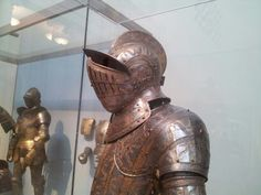 Suit of armor at the Metropolitan Museum of Art in NYC