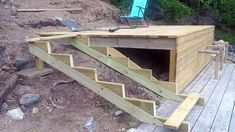 Images for the construction of stairs to the terrace Sevasmia Aldegren - Terrasse Garden Stairs, Garden Floor, Terrace Garden, Deck Stairs, Sloped Backyard, Sloped Garden, Backyard Landscaping, Large Garden Pots, Landscape Stairs