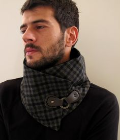 Scarf, Neckwarmer,Scarflette. Plaid in green, blue and brown with real leather closure. Unisex.. €30,00, via Etsy.