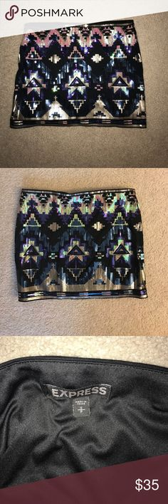 Express sequin skirt Amazing sequin skirt, comfortable and in perfect condition Express Skirts