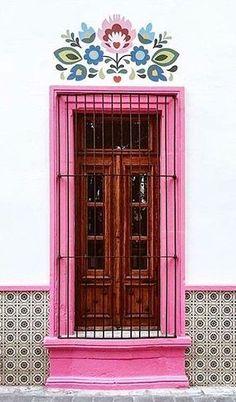 Soho House Barcelona, Cool Doors, Unique Doors, Casa Soho, Doorway, House Painting, Windows And Doors, Home Deco, Architecture Design