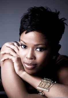 Malinda Williams is an American actress. She is best known for her role as Erica Wright in the 1996 movie A Thin Line Between Love and Hate, as Young Alicia in the 1999 movie The Wood, and as the hair . Malinda Williams, Short Sassy Hair, Short Hair Cuts, Love Hair, Great Hair, Awesome Hair, Coiffure Hair, Short Styles, Pixie Styles