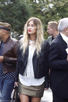 golden skirt plus leather jacket