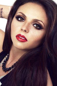 Jesy Nelson(Little Mix)-Love her makeup Jesy Nelson, Pink Lemonade Vodka, Little Mix Jesy, Perfect Figure, Portraits, Mixed Girls, Perrie Edwards, Confident Woman
