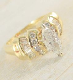 Beautiful Ring/ Gallery Picture