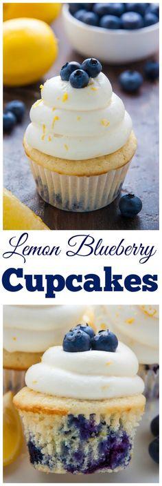 私の好きなレモンブルーベリーカップケーキ! 自家製のレモンクリームチーズフレステイングとフレッシュブルーベリーを頂いた彼らは、単に魅力的ではありません。